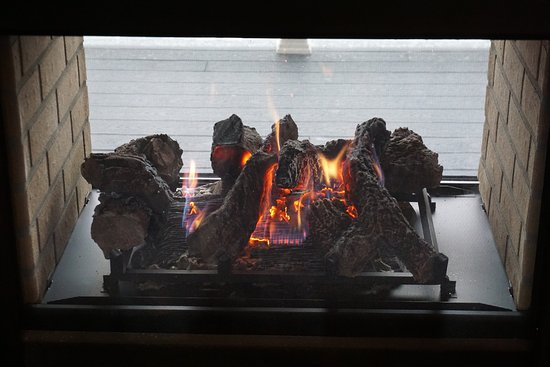 Short Hills, NJ: Indoor / Outdoor Fireplace