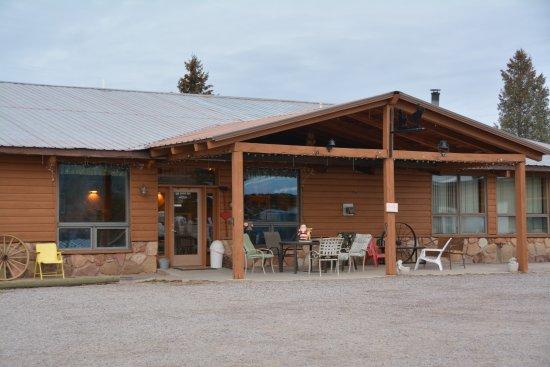 Cumbres Suites: The back door, to the breakfast room.