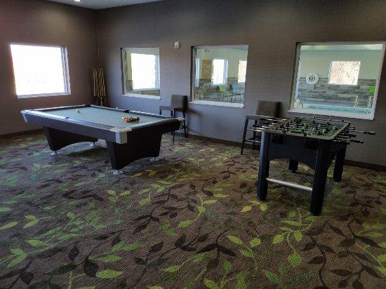 Independence, MO: Gameroom