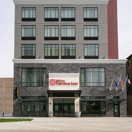 Hilton Garden Inn Iowa City Downtown University Hotel Reviews Photos Rate Comparison