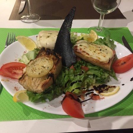 Cuges-les-Pins, France: Chez Bebert