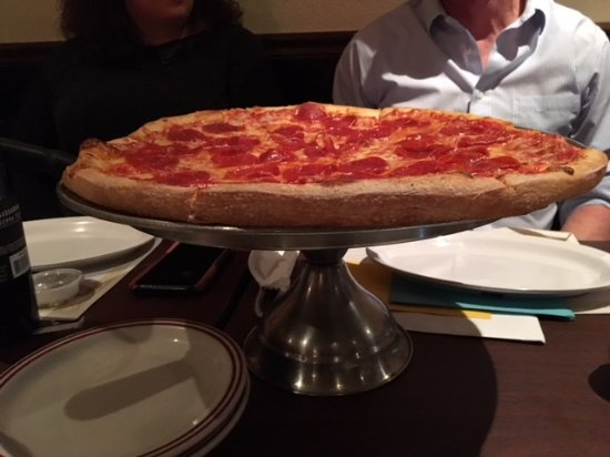 Troni S Italian Restaurant Large Pizza