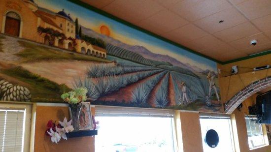 Hacienda Del Sol: Great paintings