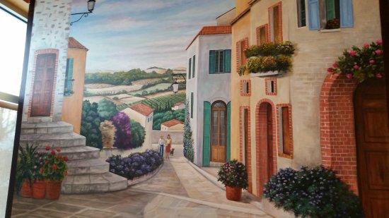 Hacienda Del Sol: Enjoyed the murals