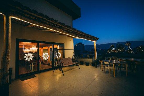 Terrace kuva bina n37 tbilisi tripadvisor for 7 eleven islip terrace