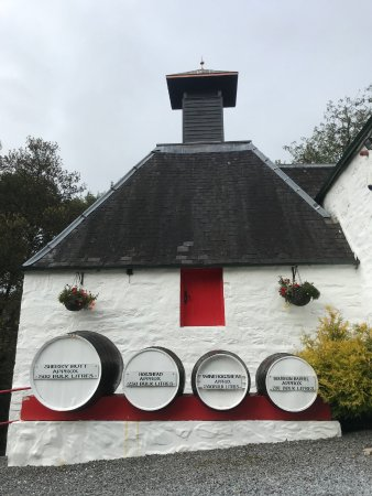 Edradour Distillery: Pretty