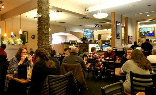 Canadian Honker Restaurant & Lounge: 20171217_185741_large.jpg