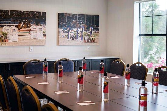 Residence Inn by Marriott San Diego Del Mar : Meeting Room - Details