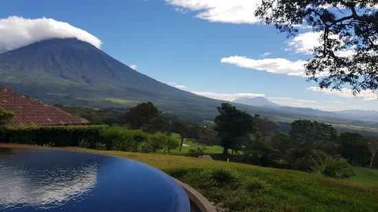 La Reunion Golf Resort & Residences: 20171218_100038_large.jpg