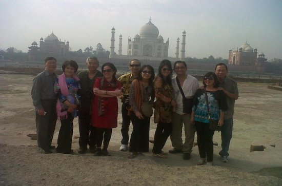 Private Taj Mahal Tour and meet...