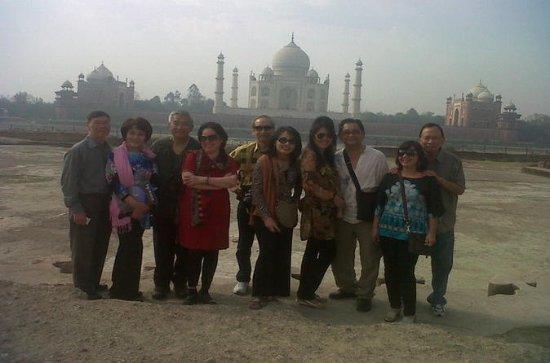 Tour privado de Taj Mahal y encuentro...
