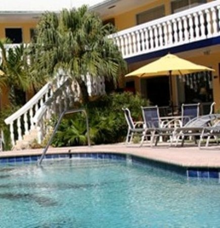 Cheston House Gay Resort: Exterior