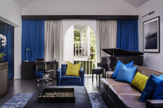 Sunset Marquis: Guest room