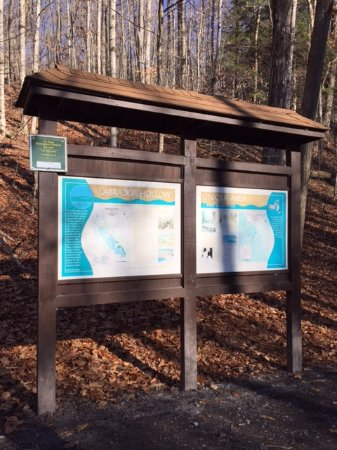 Tully, NY: Info on the trails around Tinker Falls