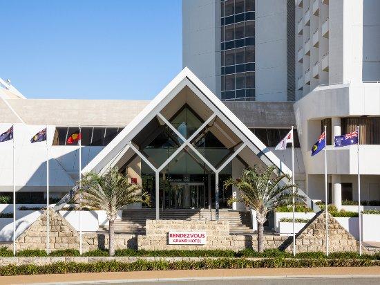 Entrance - Picture of Rendezvous Hotel Perth Scarborough - Tripadvisor