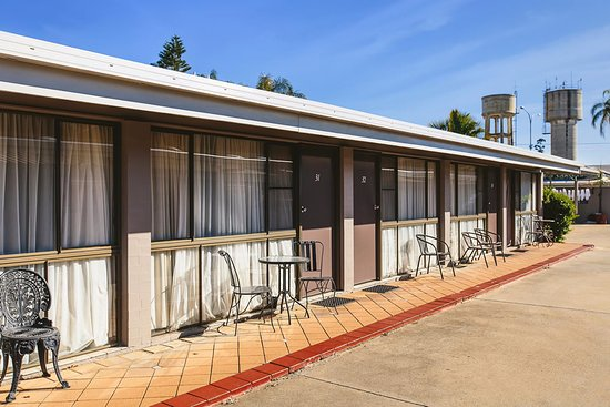 The town house motor inn goondiwindi australi foto 39 s for Town house motor inn