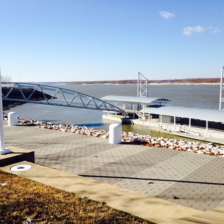 Flood markers at RiverPark in Tunica - Picture of Tunica RiverPark
