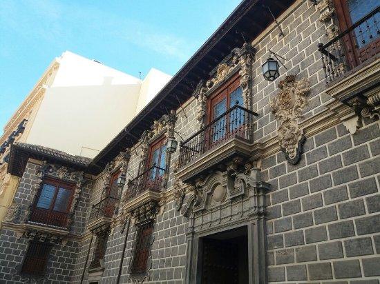 La Madraza: 20171214_120412_large.jpg