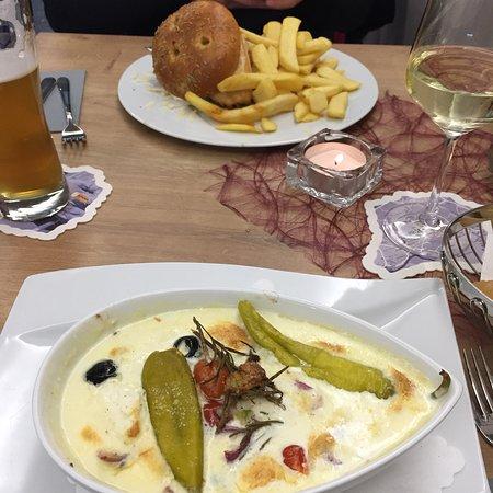 Revilo, Bistro, Bar, Brasserie