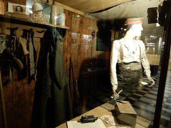 Hooge Crater museum: Museum