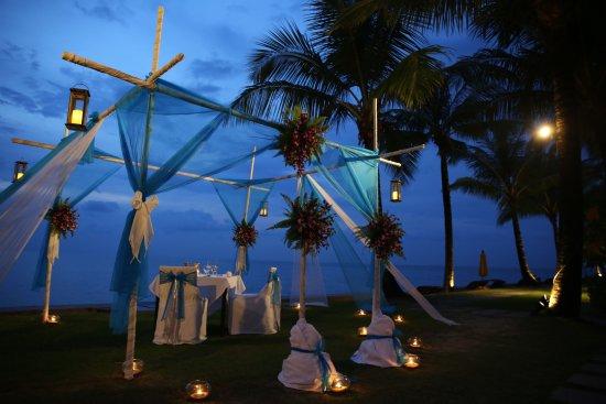 Chongfah Beach Resort: Romantic Dinner 💕