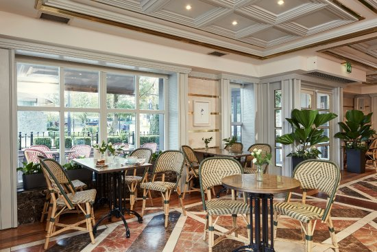 Killarney Plaza Hotel and Spa: Cafe du Parc