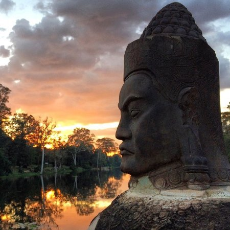 Cambodia Expert Taxi Driver: angkor wat tour guide , siem reap taxi driver
