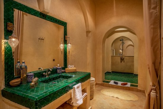 Le medina privilege riad spa 139 3 4 9 updated - Riad medina marrakech avec piscine ...