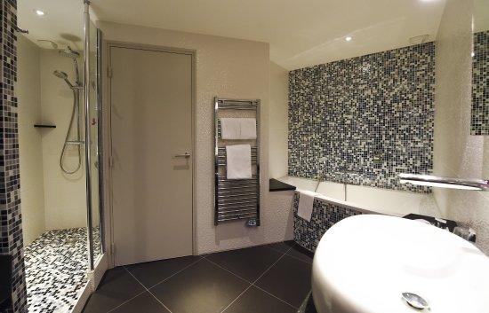 Mercure Dijon Centre Clemenceau: Salle de bain de nos suites