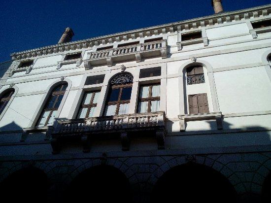 Palazzo Montalban Vecchio