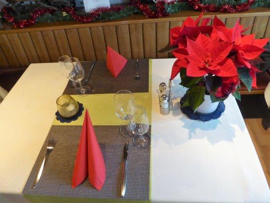 Schlicht Aber Schon Die Tischdeko Picture Of Restaurant