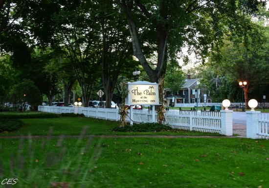 The Palm East Hampton: The Palm's sign from Main Street
