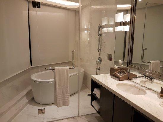 Bangkok Marriott Hotel Sukhumvit Photo