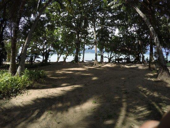 Baan Mai Beachfront Lone Island: BBQ set on the beach
