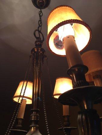 Deba, Espanha: lampara quemada del dormitorio