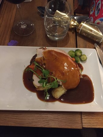 The Roundhay Fox: Christmas Dinner