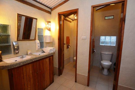Hosteria la Barquita: Spacious family 3 dorms room