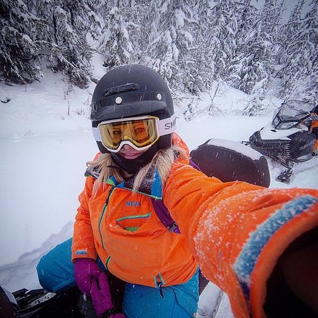 Golden, Canada: Fun in the snow