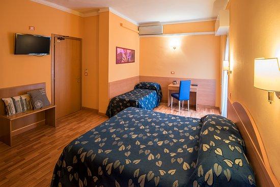 Calypso Hotel Ventimiglia Vintimille Italie Tarifs 2020 Mis A Jour Et