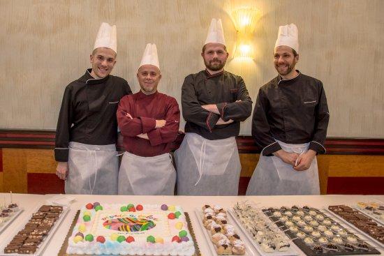 Hotel Savoy: Gianluca Carli e il suo staff