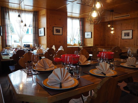 """Nuerensdorf, Suisse : Eat some famous swiss fondue or raclette in our cozy """"Stübli"""""""