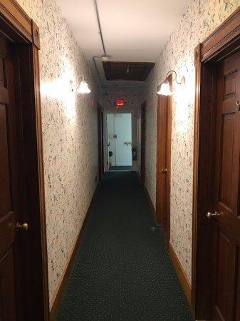 The Inn at Old Harbor: hallway on 3rd floor