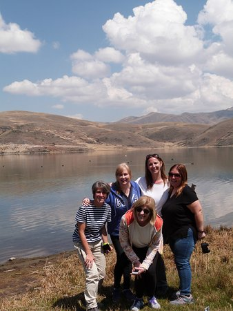 Peru Adventure Trek - Day Tour: BLUE TEAM - CUATRO LAGUNAS