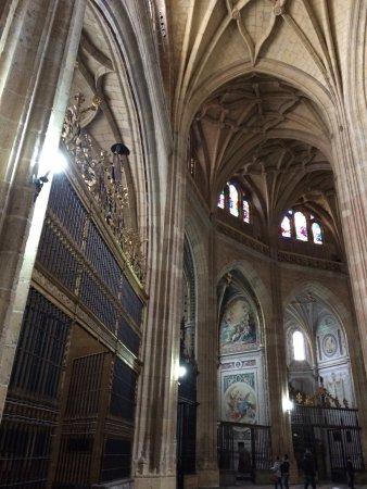 Cathedral of Segovia : Columnas internas
