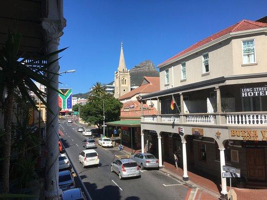 Carnival Court Backpackers: Der Balkon im 1. Stock