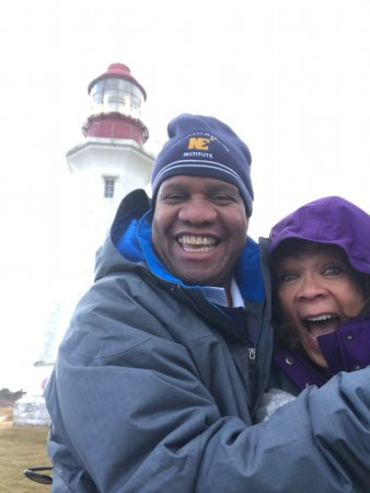 Low Point Lighthouse: A little chilly, no make that cold, when the wind is blowing!
