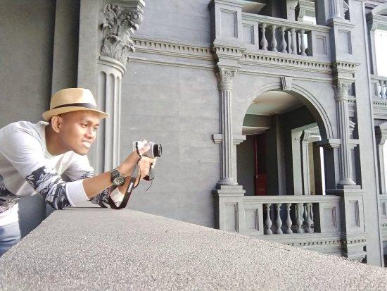 Romantisme Bandung Lewat GH Universal Hotel.Hotelnya sangat mengesankan,staf yang ramah,fasilita