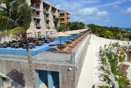Piscine 7 me tage picture of hotel xcaret mexico playa for Boutique hotel 7eme