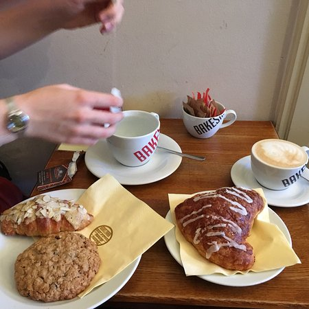 Wallpapers Bakeshop Little Bakery Nice Cute Bakery With Delicous Cinnamon Spice Tea Croissants Reasonably Pinterest Nice Cute Bakery With Delicous Cinnamon Spice Tea Croissants