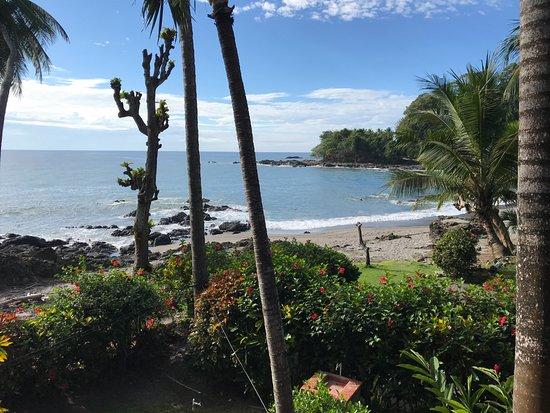 Cabinas mar y cielo desde montezuma costa rica for Hotel cielo mar ofertas familiares